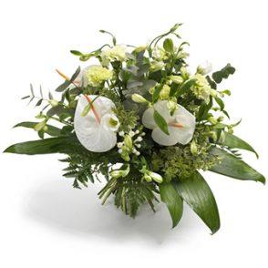 boeket witte bloemen groot