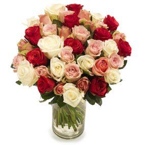 bos gemengde lichte rozen groot